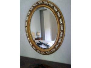 Specchio ovale cornice in legno intarsiato - stile classico