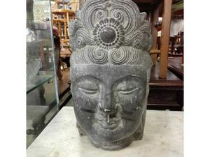 Statua saibaba in pietra basaltica