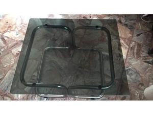 Tavolino in metallo e vetro