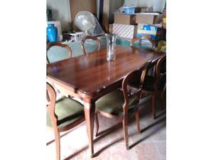 Tavolo allungabile e 6 sedie in noce stile antico
