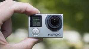 GoPro 4 Black con Lcd e accessori