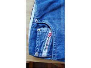 Gonna di jeans Diesel quasi nuova taglia 29 ovvero 42