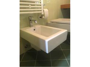 Lavabo wc bidet sospesi e rubinetteria Zazzeri