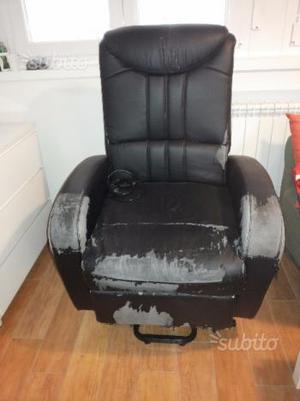 Sedia elettrica per disabili usato posot class for Joystick per sedia a rotelle