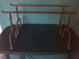 Vari trispiti in ferro battuto (9 pezzi in totale)