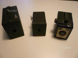 N. 3 vecchie macchine fotografiche a scatola