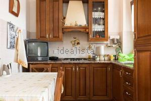 Cucina In Ciliegio Usata : Cucina usata legno ciliegio posot class