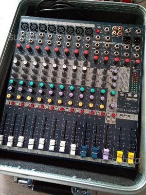 Mixer soundcraft EFX 8