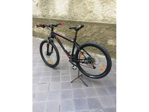 Mountain bike specialized