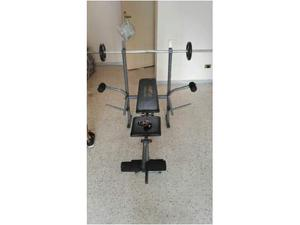 Panca fitness con bilanciere,manubri e pesi