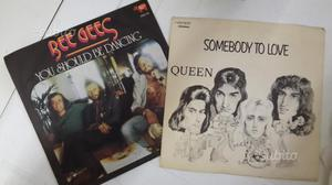 2 dischi in vinile 45 giri