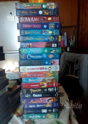 20 VHS di cartoni animati disney