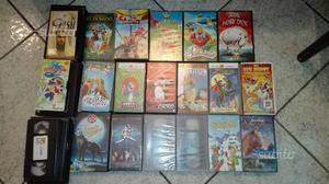Lotto di 28 videocassette VHS