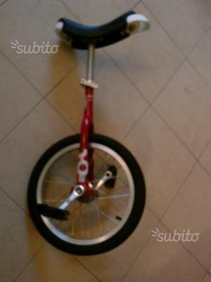 Monobici - bicicletta a 1ruota -originale e nuova