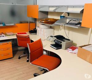 Mobili ufficio seminuovi las in vendita posot class for Mobili per ufficio napoli