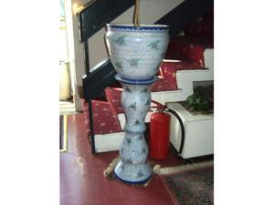 Colonna con vaso ceramica Vietrese.