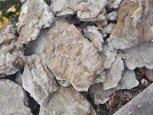 Pietre pavimenti e rivestimento muri posot class for Greche per muri