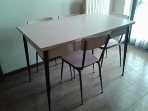 Tavolo e sedie in fornica anni 60