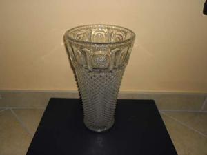 Vaso in vetro lavorato