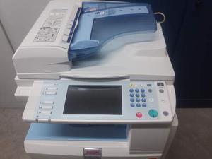 Fotocopiatore multifunzione a colori Ricoh MP C