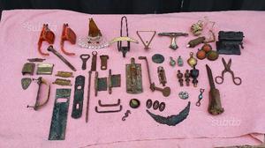 Lotto di 48 pezzi da ricambio antichi