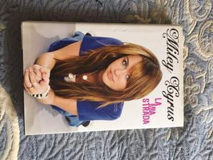 Miley Cyrus libro La Mia Strada