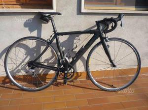Bici da corsa Cannondale Synapse in carbonio