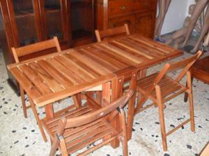 Tavolo in legno con 2 ante e 4 sedie si chiude