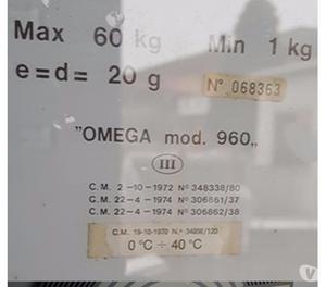 bilancia a orologio da terra usata di marca Omega