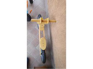 Bici bimbo in legno senza pedali