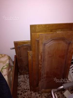 Varie ante in legno massello