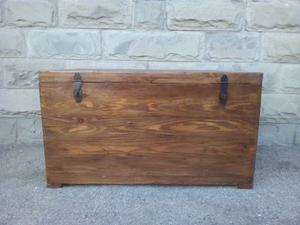Baule forziere in legno massello