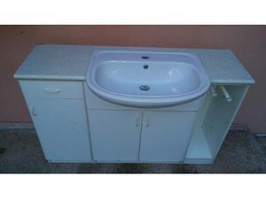 Mobile da bagno completo di lavello