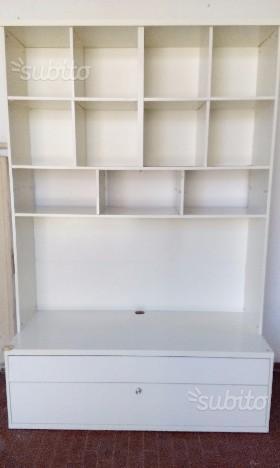 Libreria Ante Scorrevoli Ikea.Ante Mobile Besta Ikea Betulla Con Vetro Posot Class