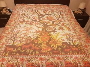 Telo indiano ideale come copridivano catania posot class - Telo copri divano ...