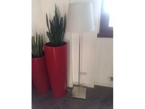 Ikea moderna lampada a piantana