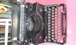 Macchina da scrivere Olivetti m40 ivrea