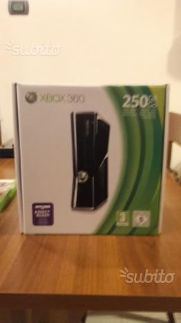 Xbox 360 con 2 controller +2 giochi