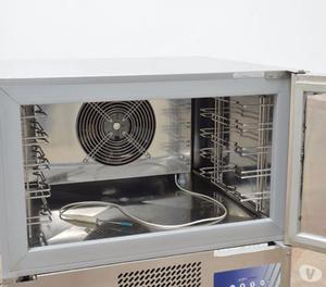 Frigoriferi e abbattitori di temperatura posot class for Abbattitore usato