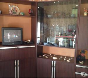 Mobile a parete con vetrine da soggiorno