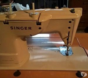 Macchina da cucire singer 401 automatica anni 60 posot class for Macchina per cucire elettrica