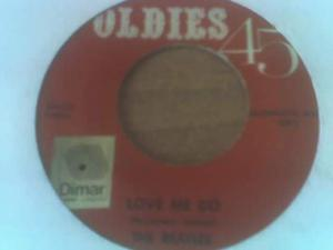 BEATLES 45 giri nuovi e usati 9 LP e 8 Videocassette