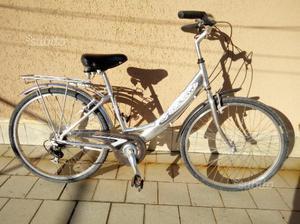 Bici donna in alluminio,buona qualità