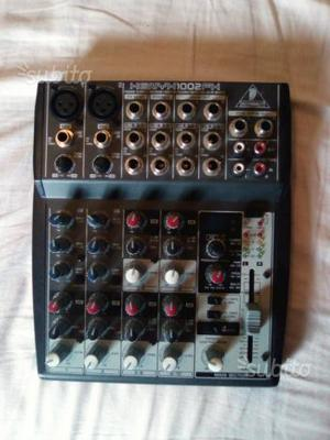 Mixer Behringer Xenyx fx 10 ingressi