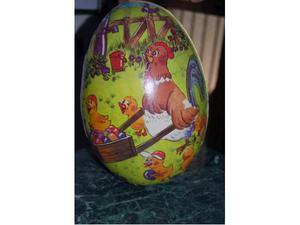 Scatola grande a forma di uovo cartone rigido decorato