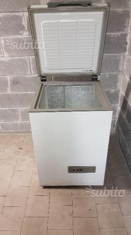 Bompani bocv230e congelatore verticale classe a posot class for Frigorifero 60x60