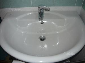 Lavabo ideal standard con rubinetto