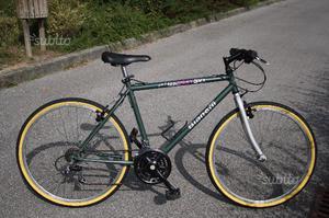 Bicicletta mountain bike marca Bianchi ruota 26