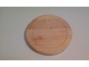 Tagliere per formaggi rotondo con set di coltelli