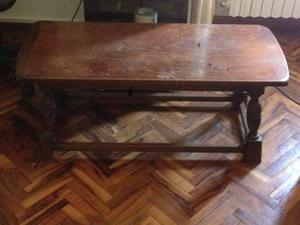 Tavolino in legno massello da salotto